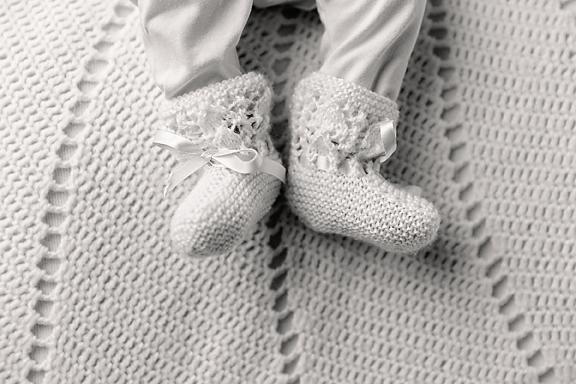 Amelie5weeks24Black&White.jpg