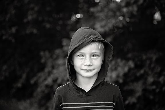 McKennaFamilyPhotos-18Black&White.jpg