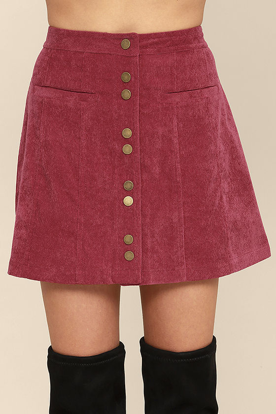 BLOG POST 1 - SKIRT 2.jpg