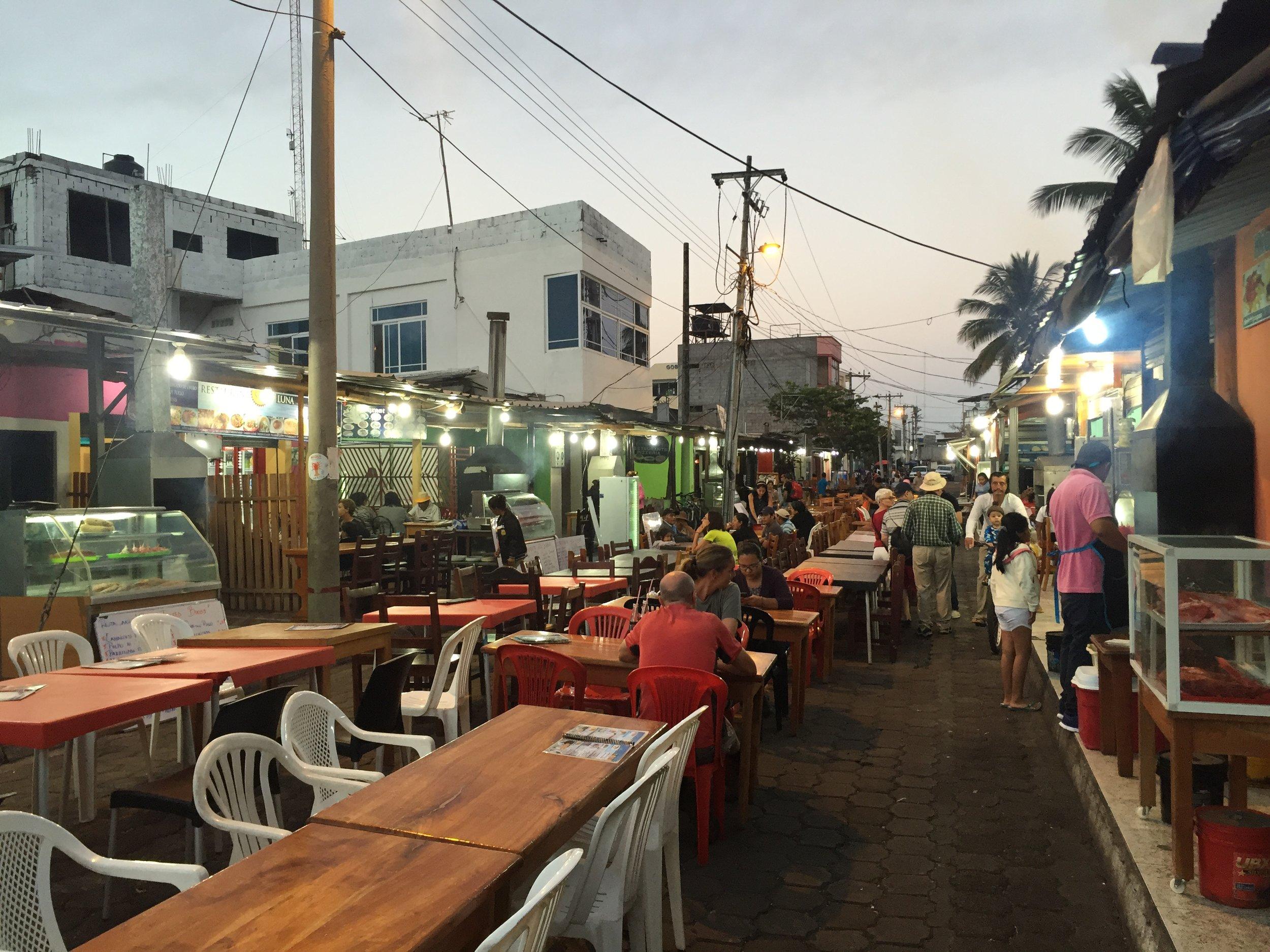 Kiosks serving up inexpensive eats on Charles Binford in Puerto Ayora