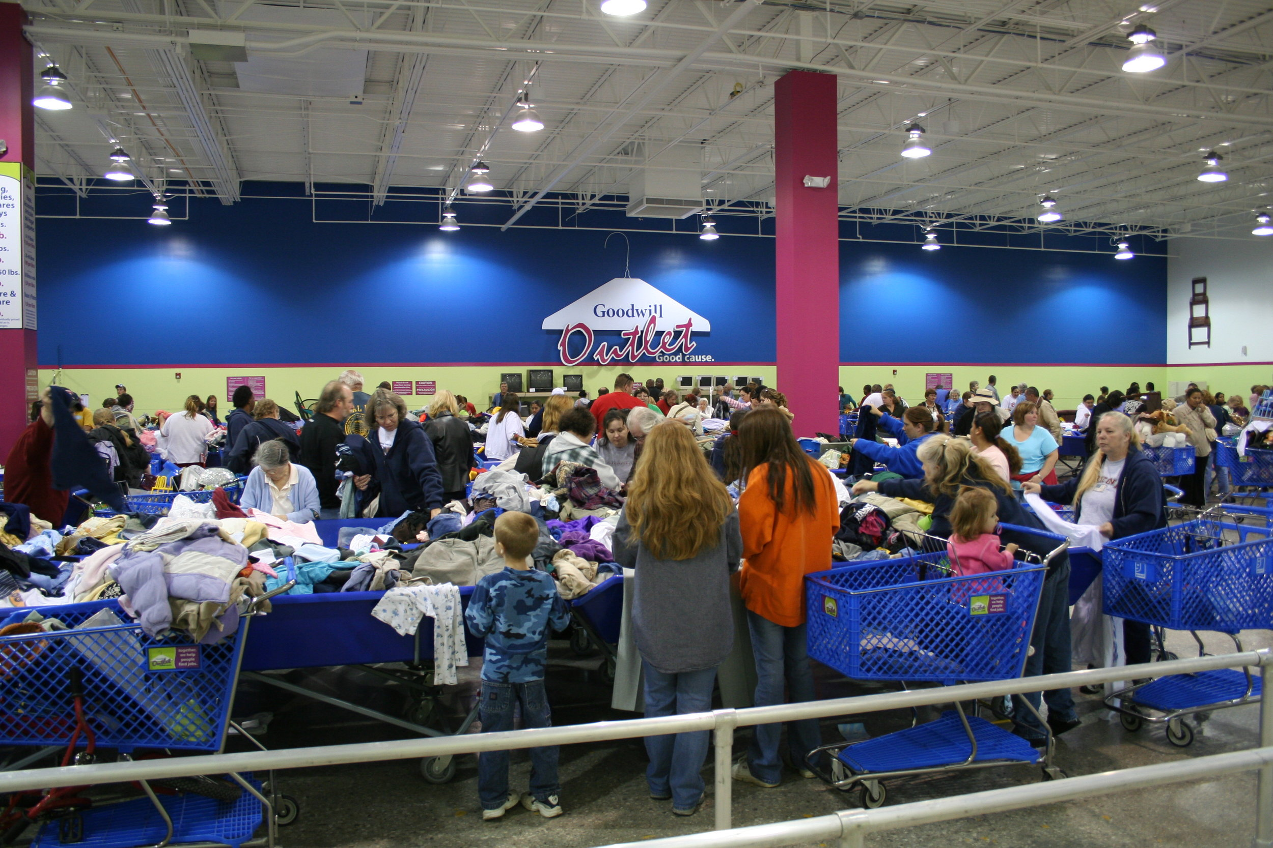 Goodwill - Changing communities. One donation at a time.
