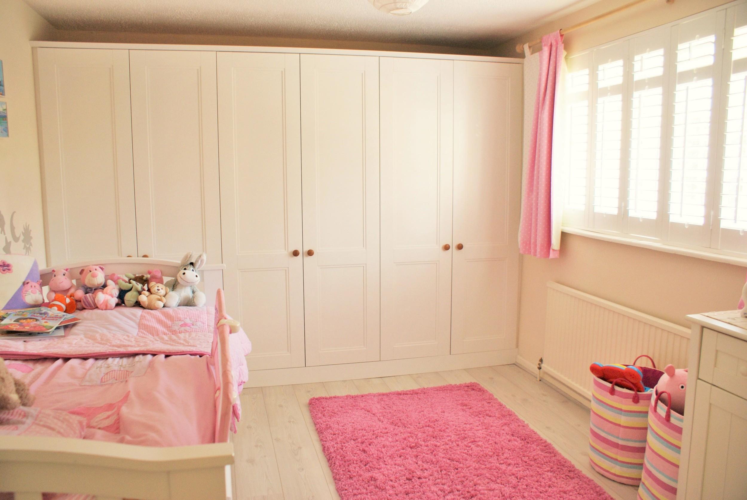Girls-bedroom-ideas-white-wooden-shutters.JPG