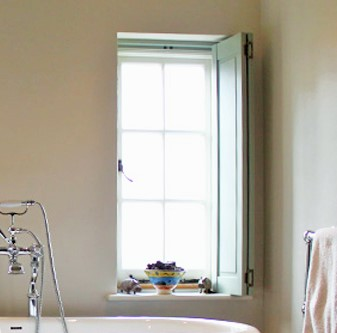 window-with-solid-shutter-annie-sloan-colour.jpg
