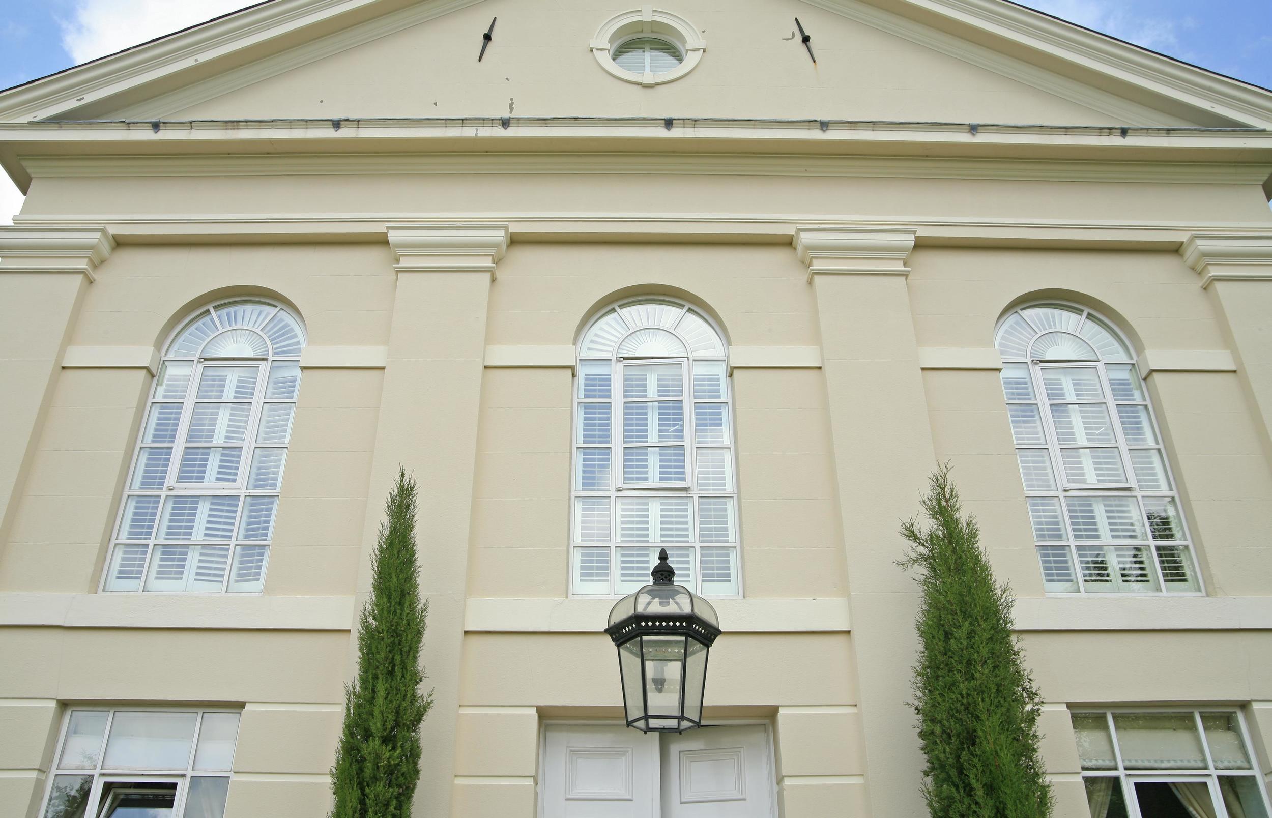 exterior-view-of-shutters.JPG