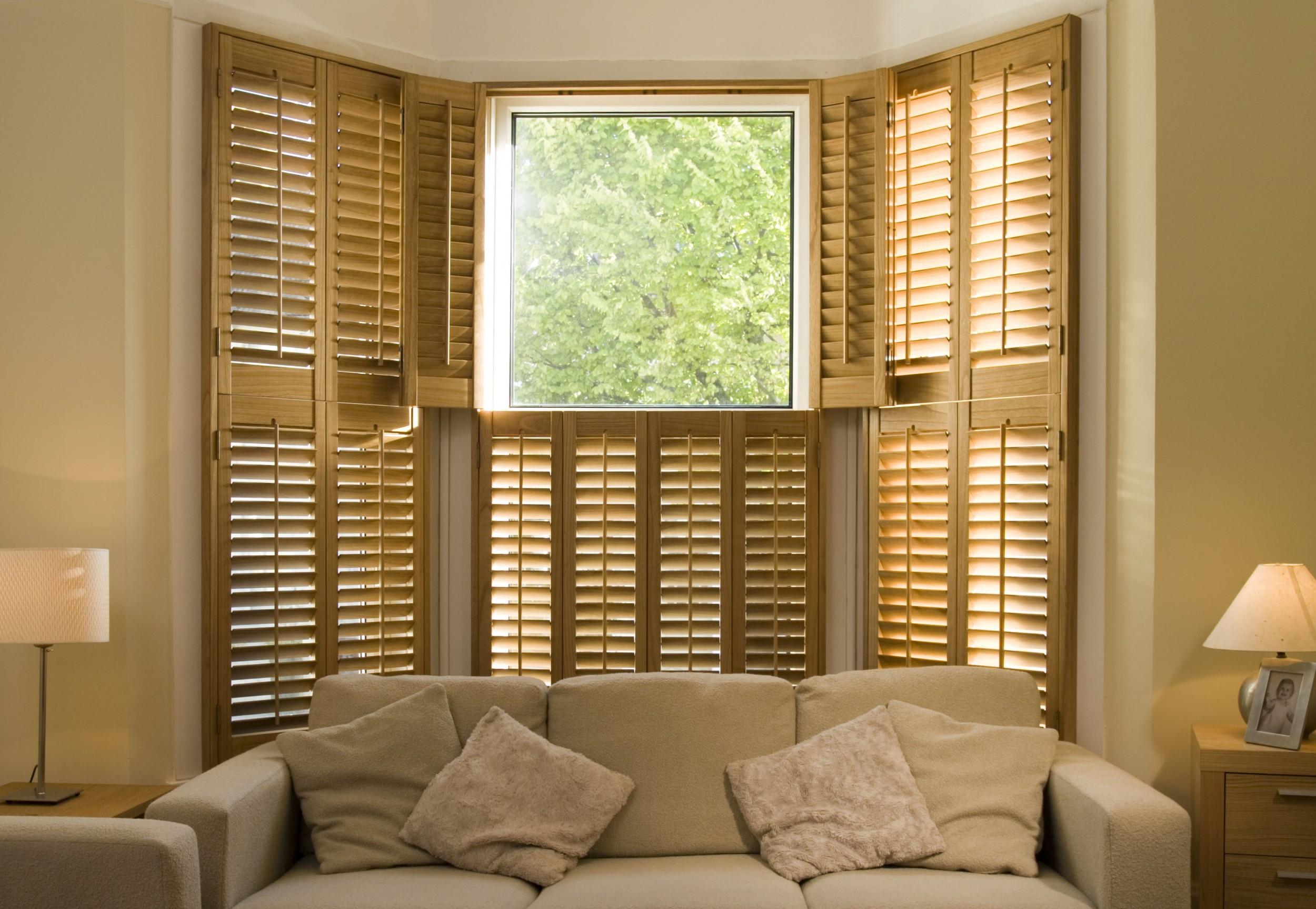 bay-window-shutters-tier-on-tier (3).jpg