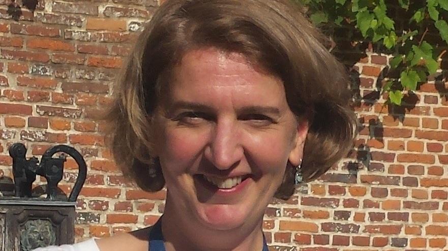 Eva Schoeters - Coordinateur. Eva est également présidente de be-TSC, l'association belge des personnes vivant avec le complexe de la sclérose tubéreuse. Elle a un fils, Pepijn (9 ans) avec TSC