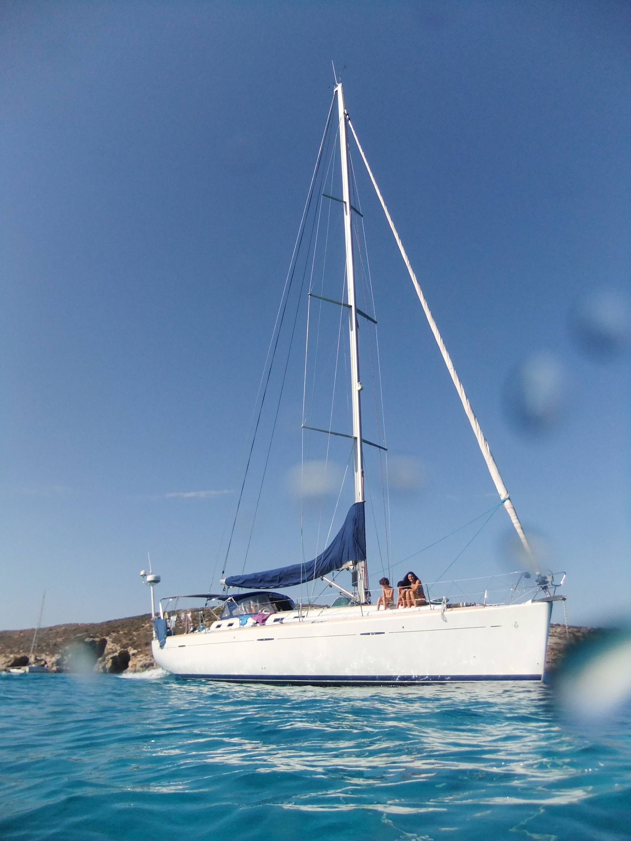 DAY CHARTER