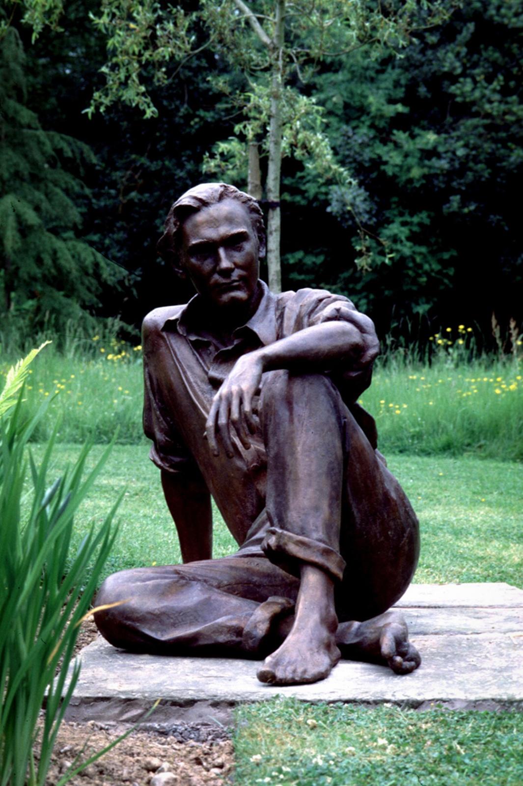 Mark Richards Sculptor Nicholas Cobley memorial statue
