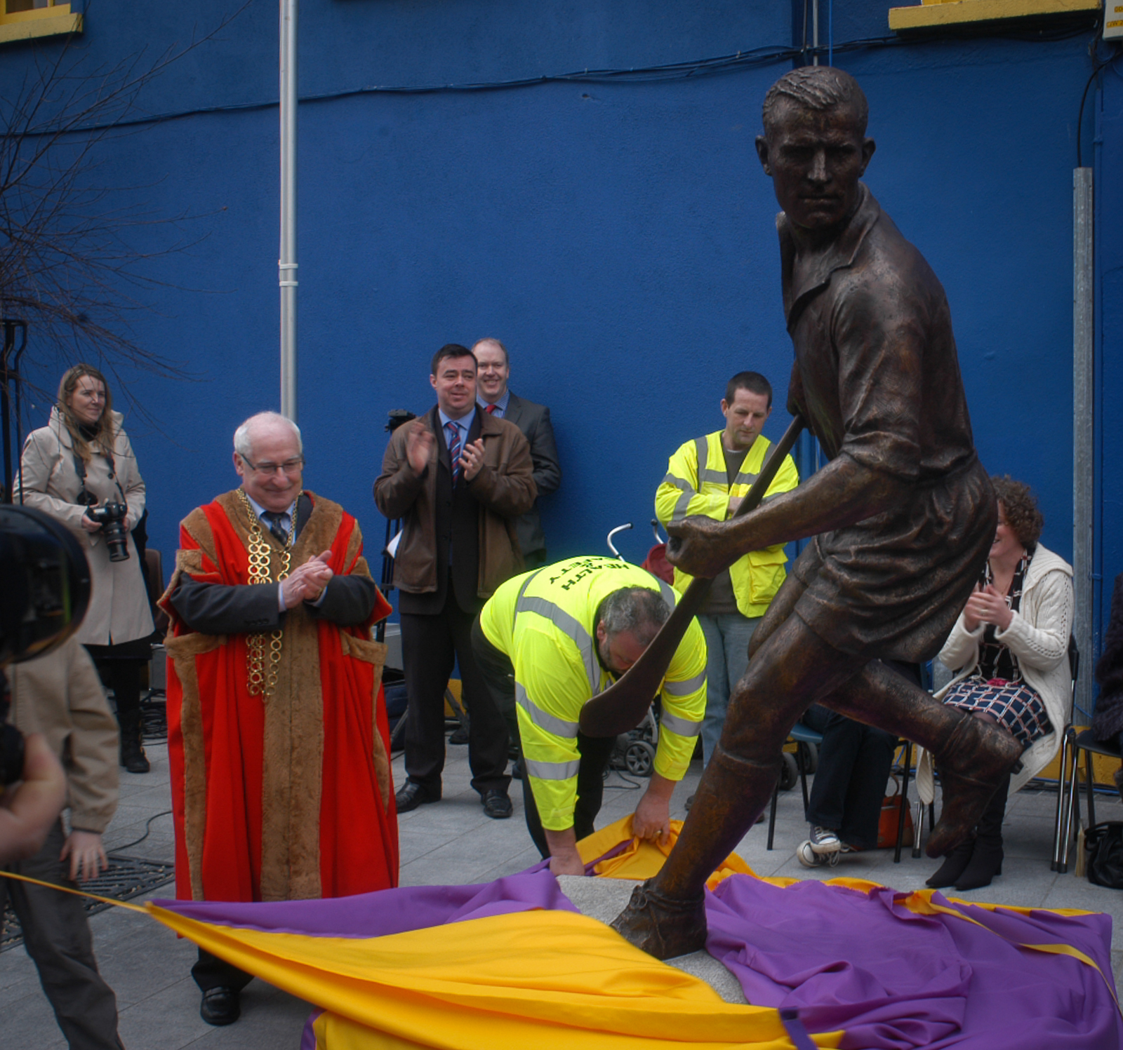 - The work was unveiled on 19th March 2012 by Major David Haines and Nickey's three grandchildren.