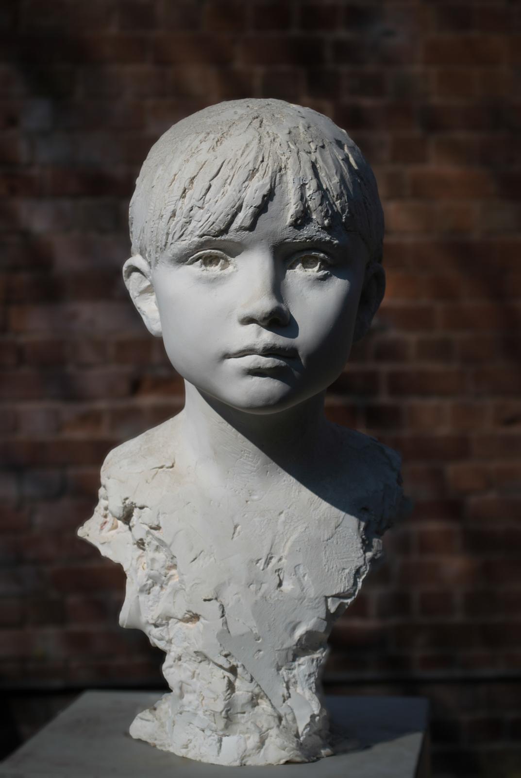 Portrait sculpture - girls