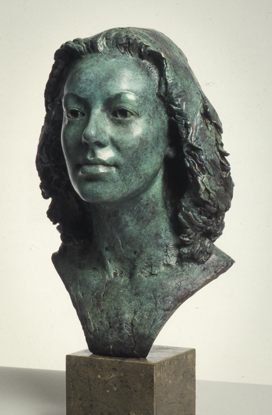 Portrait sculpture - women