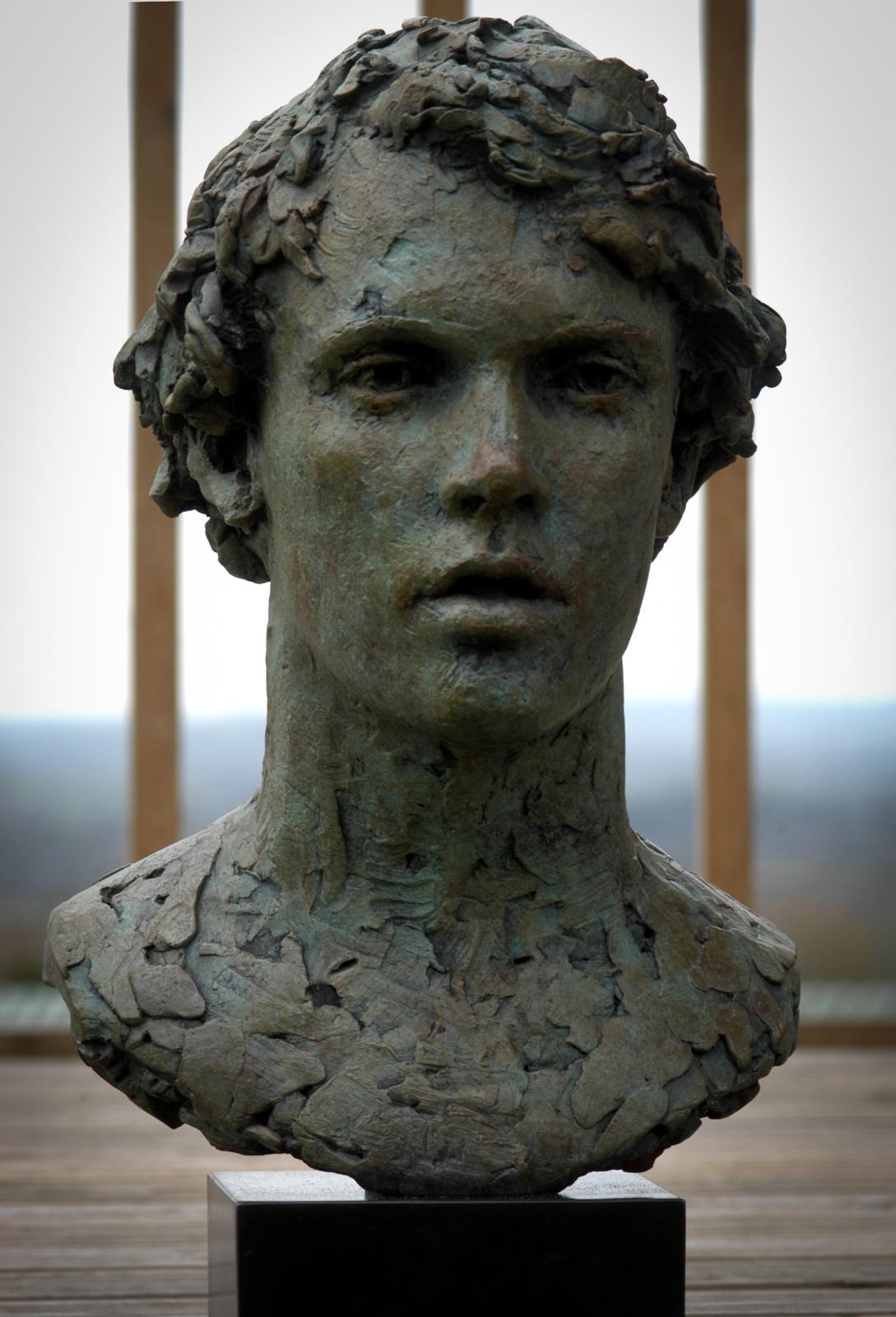 Portrait sculpture - men