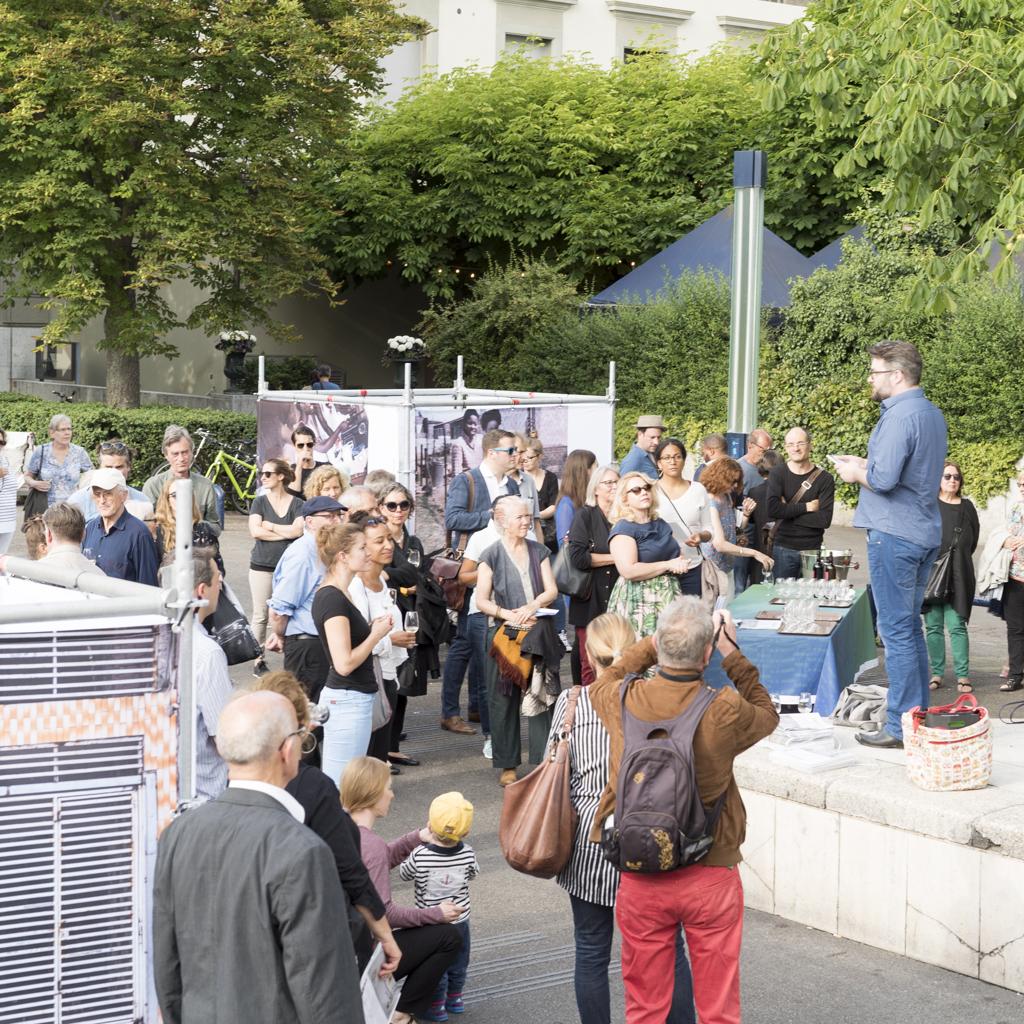 Vernissage des IAF Basel 2017 auf dem Theaterplatz. Juni 2017