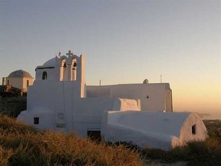 """Theotokaki"" Church in Pyrgos, Santorini. Photo from  arttravel"