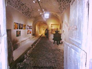 ArtSpace+SantoriniWinery_320x240.jpg
