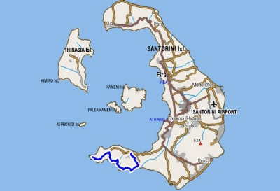 You can see the hiking trail with the blue line on the south side of Santorini. Click on the map to visit the topoguide website and see the details.