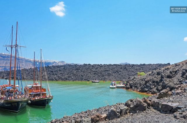 Santorini Volcano Cruise