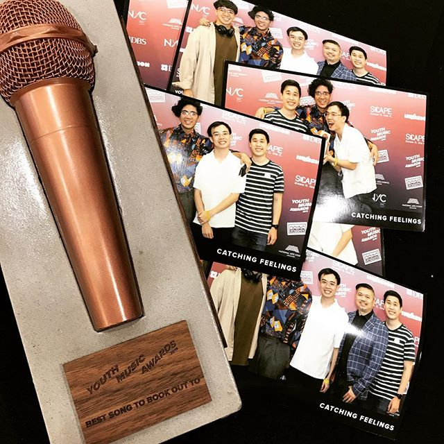*ugly crying* thank you @nacsingapore @nycsg @scapeinvasion @invasionsingapore @dbsbank and all of you who voted for us 😭🙏🏼 we won the category for Book Out Song today at the inaugural Youth Music Awards Singapore. Means a lot ❤️. Especially with the recent spate of events, NS training is hard, serving the nation is a noble duty, and we are happy that enough people feel like our song can make your 2 years a bit more bearable. Thank you! And new stuff soon ✨