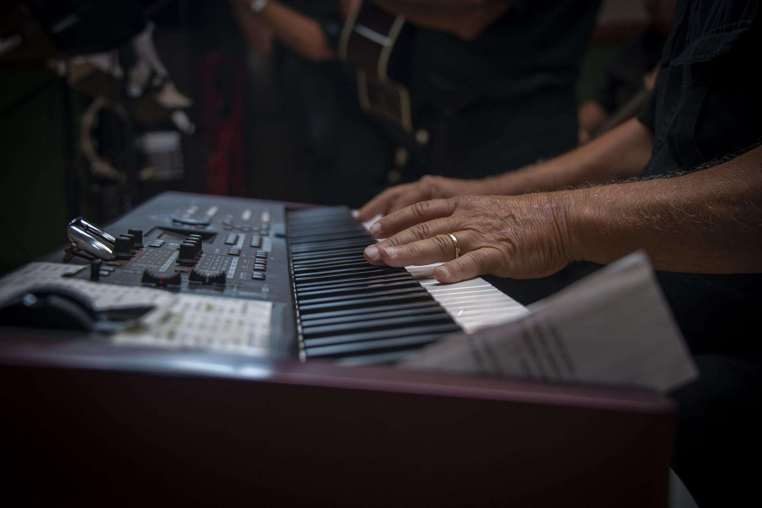 piano-3703616.jpg