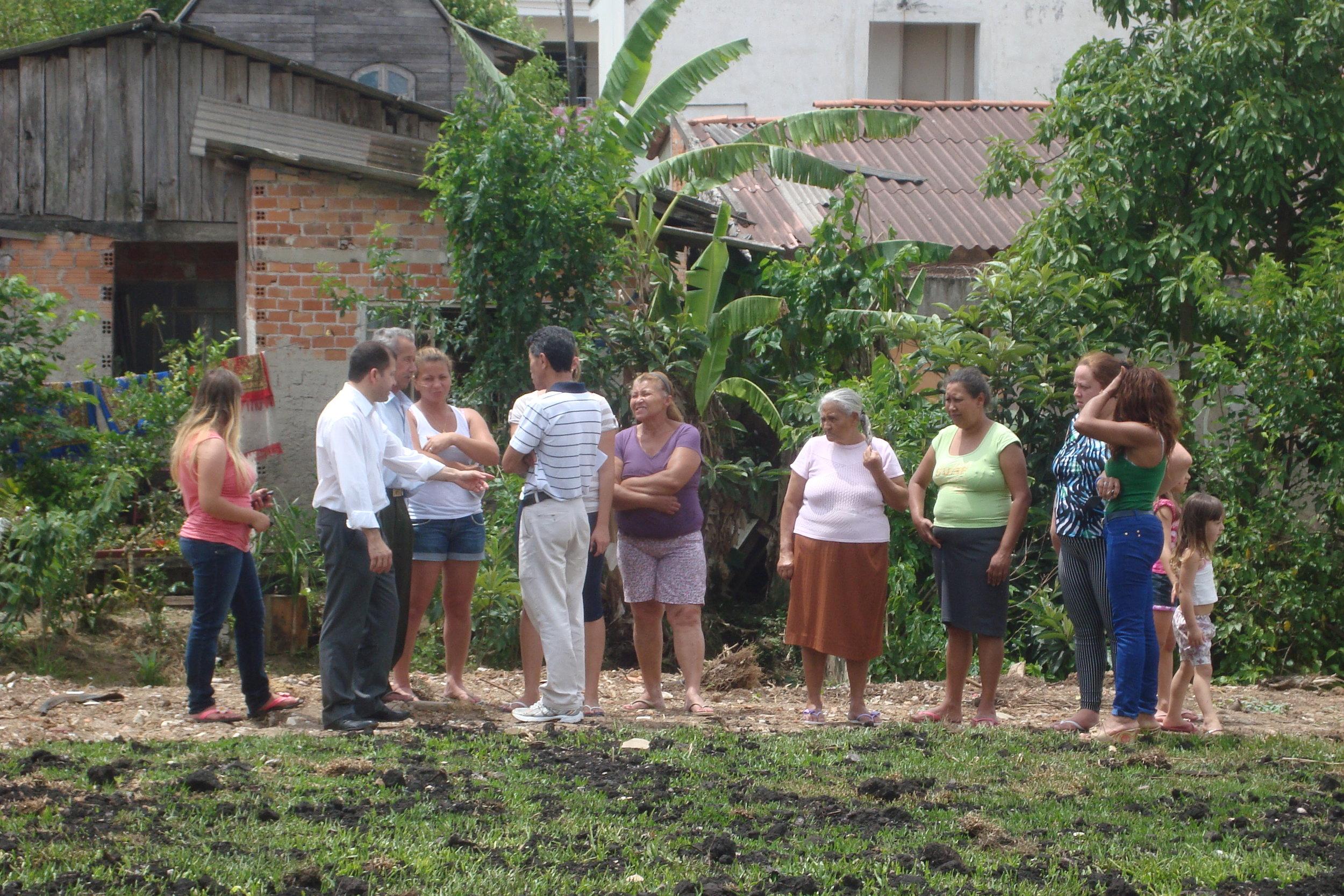 Reuniao Cohab e Meio Ambiente e Regional Vila Menino Jesus sobre Corrego (11).JPG