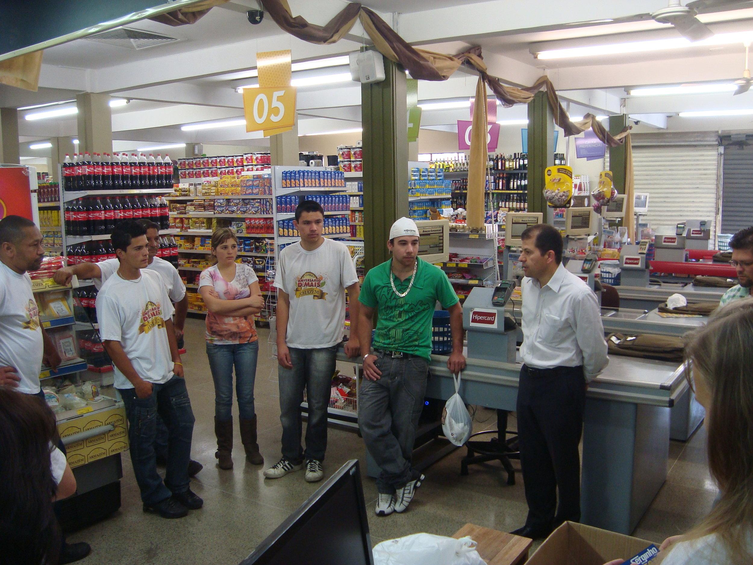 Cafe da Manha no Supermercado Armazem  Joao Tobias de Paiva Neto (2).JPG