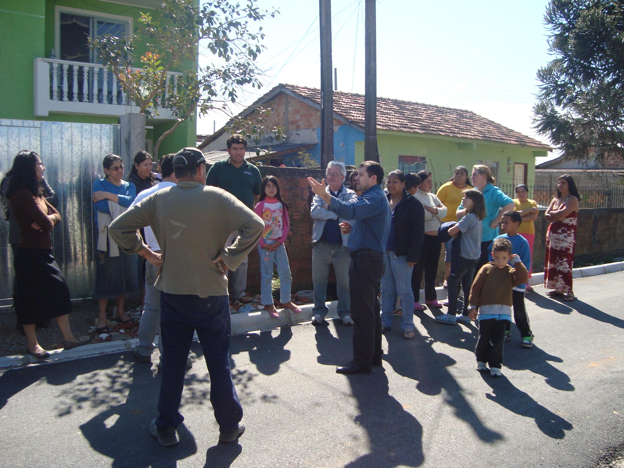 Reuniao com moradores Rua Dr Joao Luiz Bettega (9).JPG