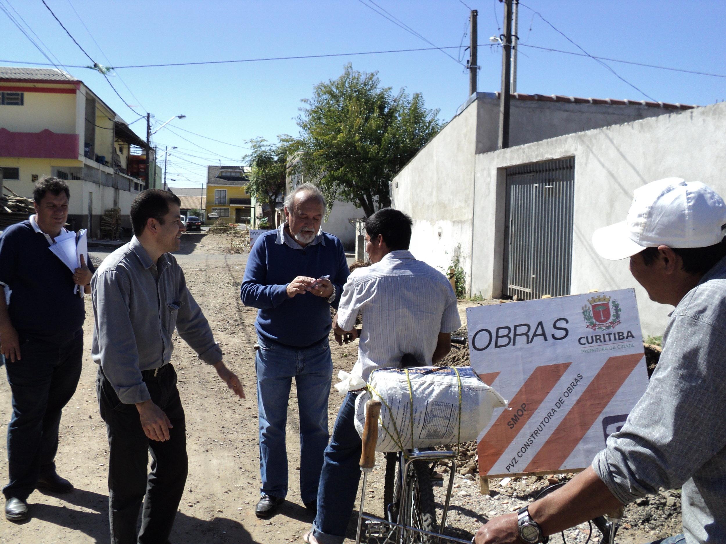 Tranquilo Saragiotto visita moradores (6).JPG