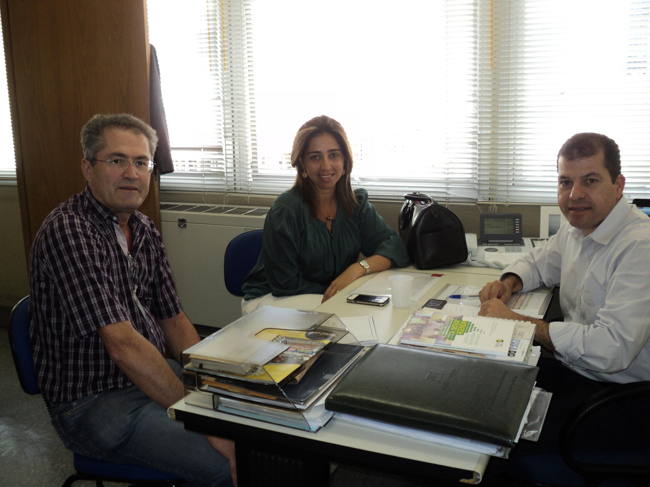 Reunião Motor-homes com Secretária de turismo Juliana Wosniak e Thiago (2).JPG