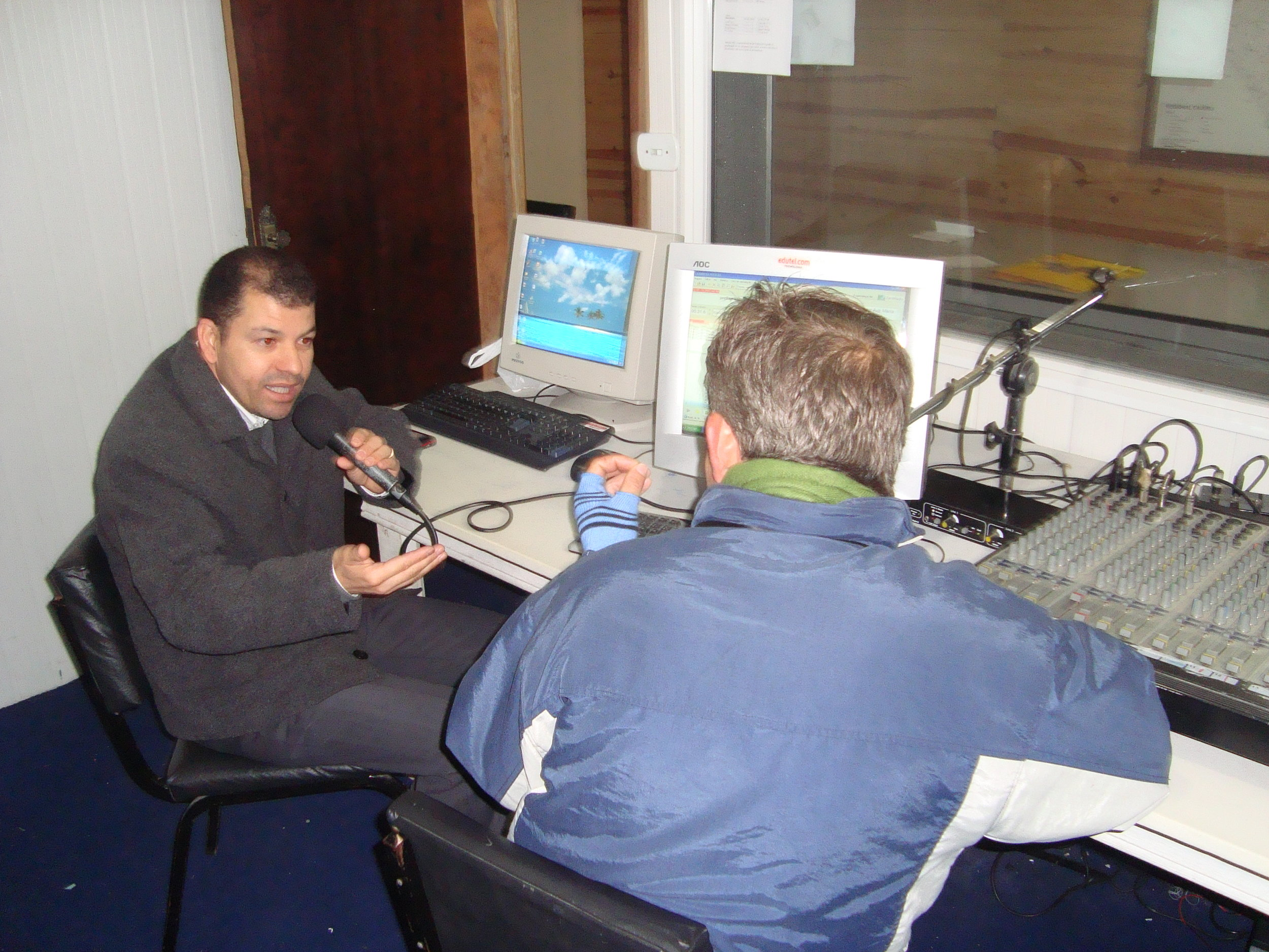 entrevista rádio Esperança FM 2.JPG
