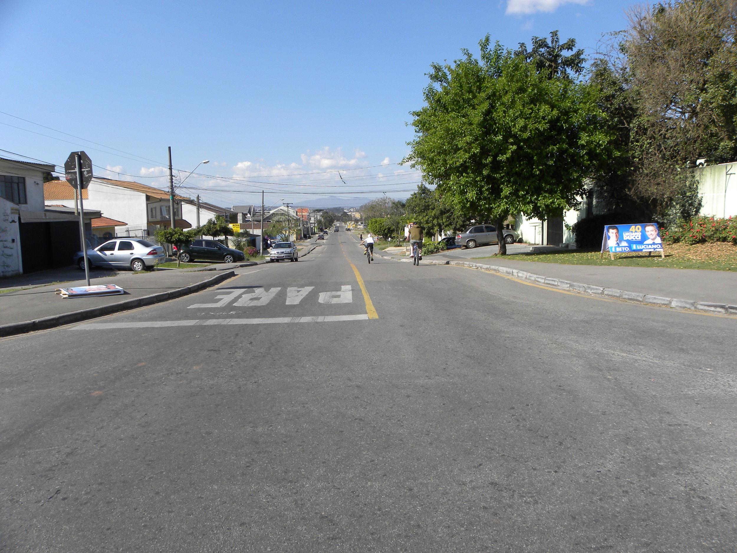 Recapagem na Av. Florianópolis entre a Rua Luiz França até a Rua Esper Jorge Chueri - 2008/2010
