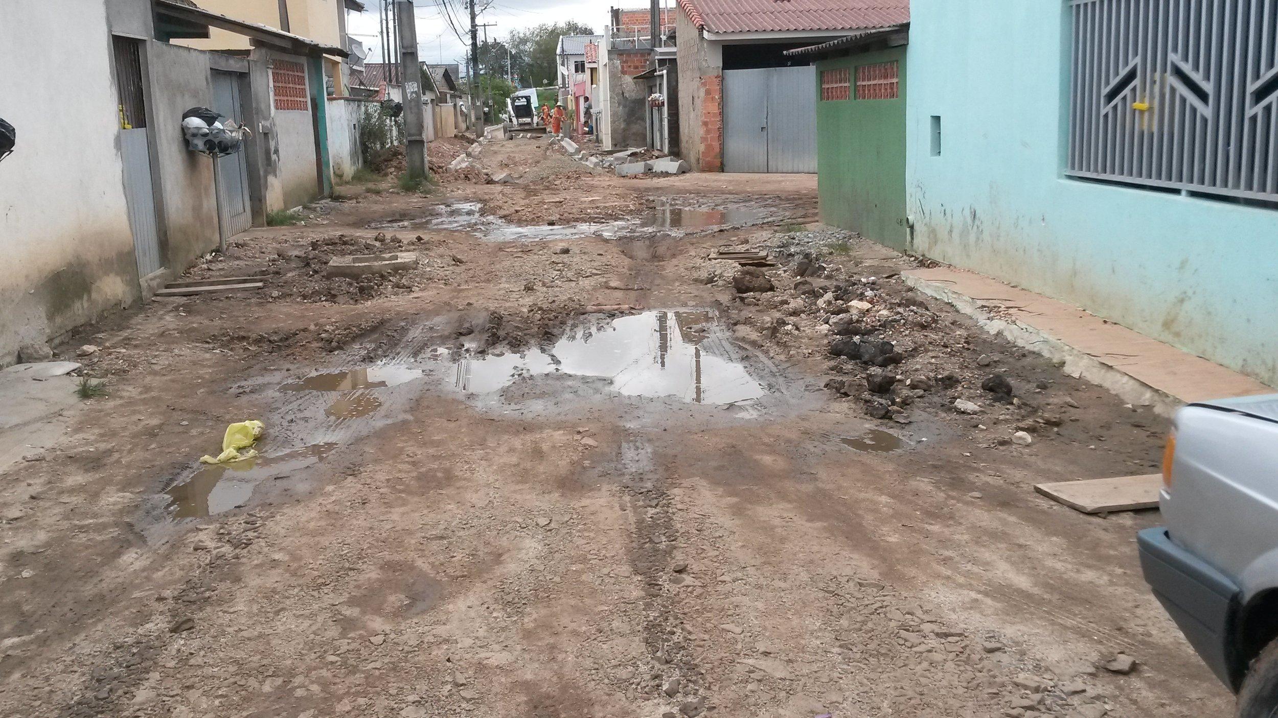 Pavimentação na Rua Jorn. Luiz Carlos Cavalcanti - ANTES