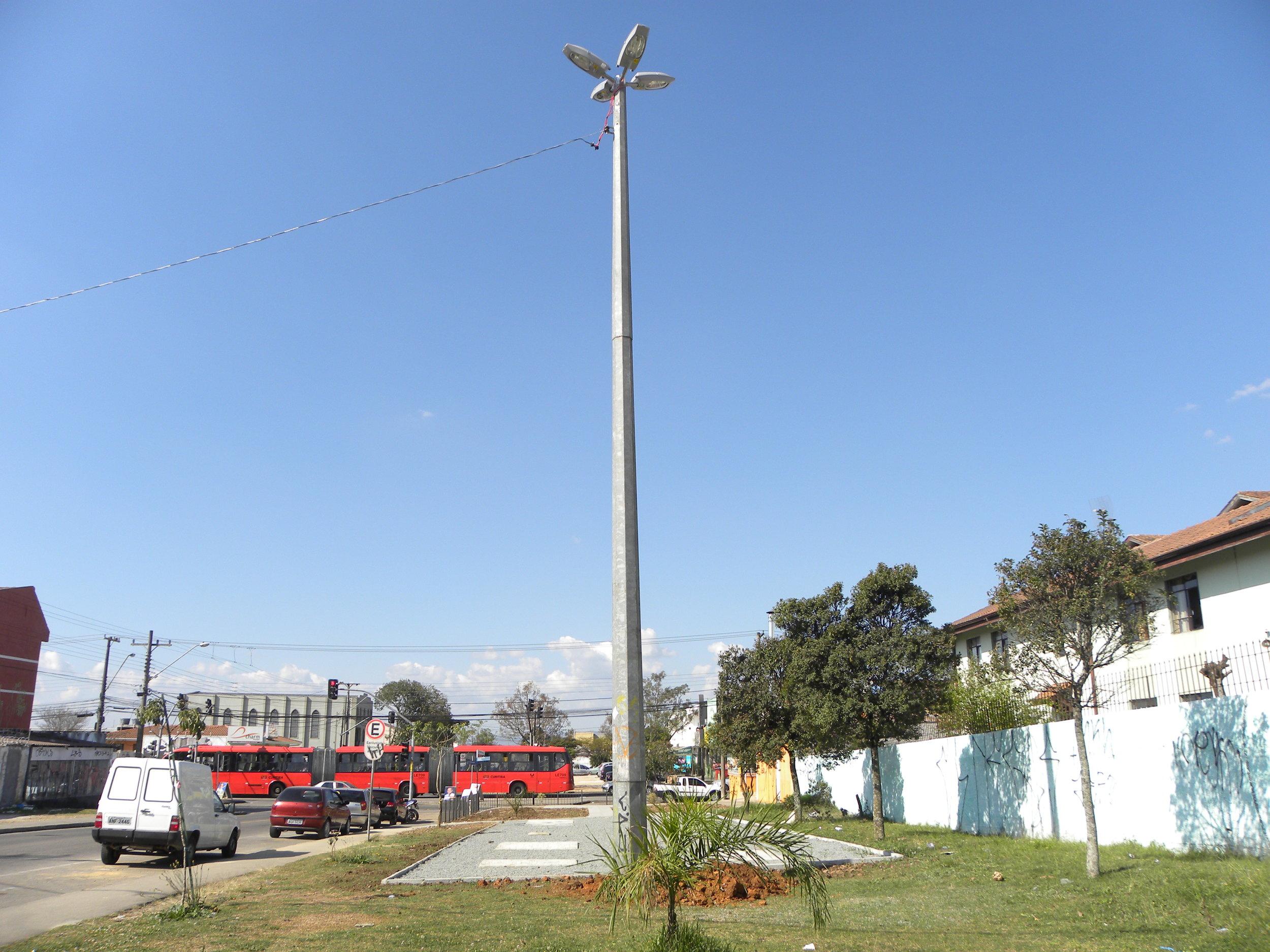 Super poste na Av. Florianópolis e mais 8 praças