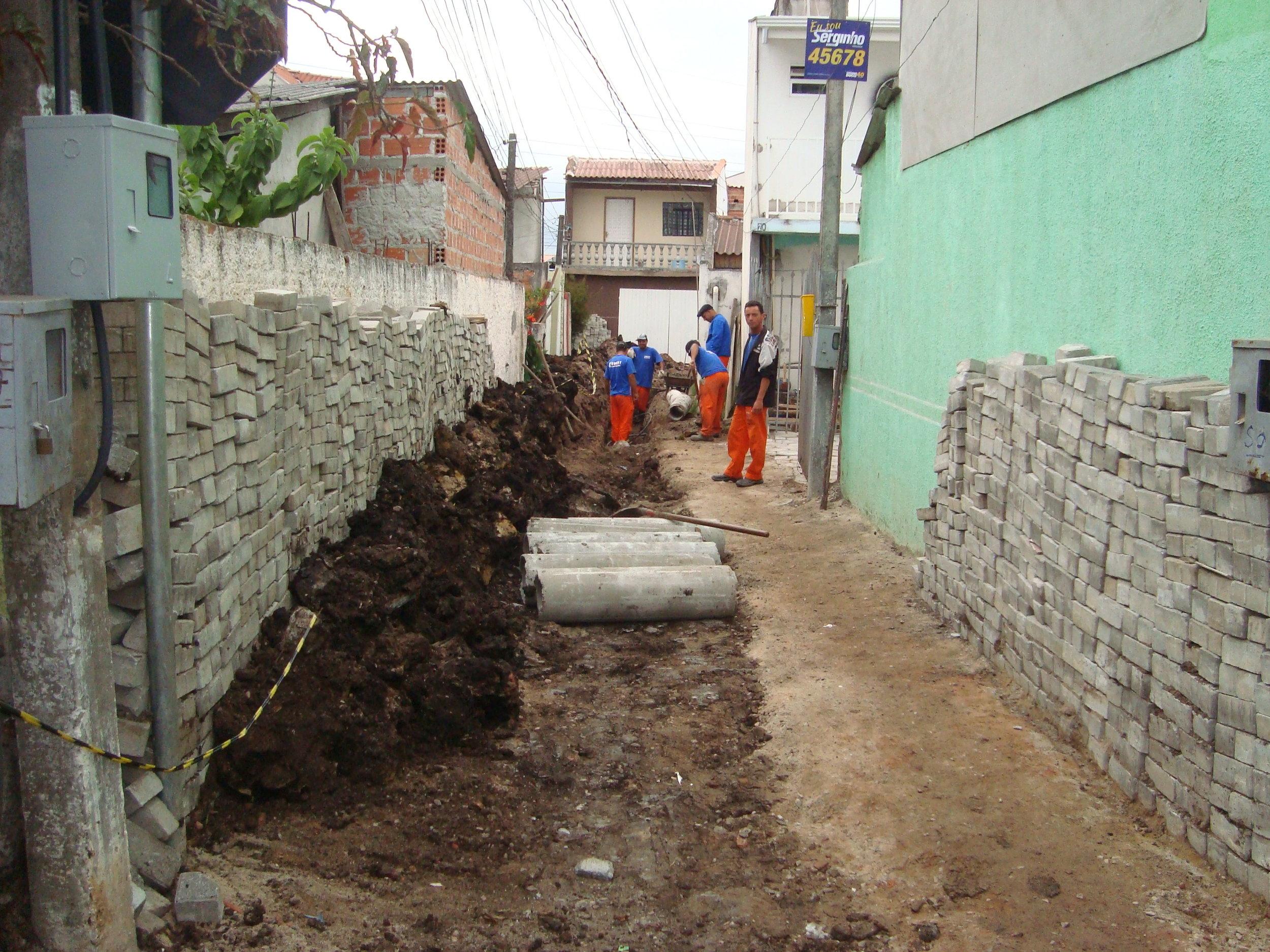 Drenagem na Rua Dr. Giocondo Villanova Artigas, São Domingos