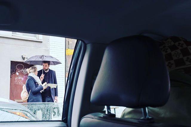 Tourism. 📸: Fujifilm X100F • • • • #shotwithlove #justgoshoot #ig_masterpiece #worldshotz #icatching #shoot2kill #filmmaker #master_shots #illgramers #way2ill #exploretocreate #photographyeveryday #superhubs #highsnobriety #heatercentral #main_vision #streetphotoreview #x100f #fujifilm #fujix100f #tourist #lost #nyc #streetphotography #nyc_explorers #cab #streetstyle #street