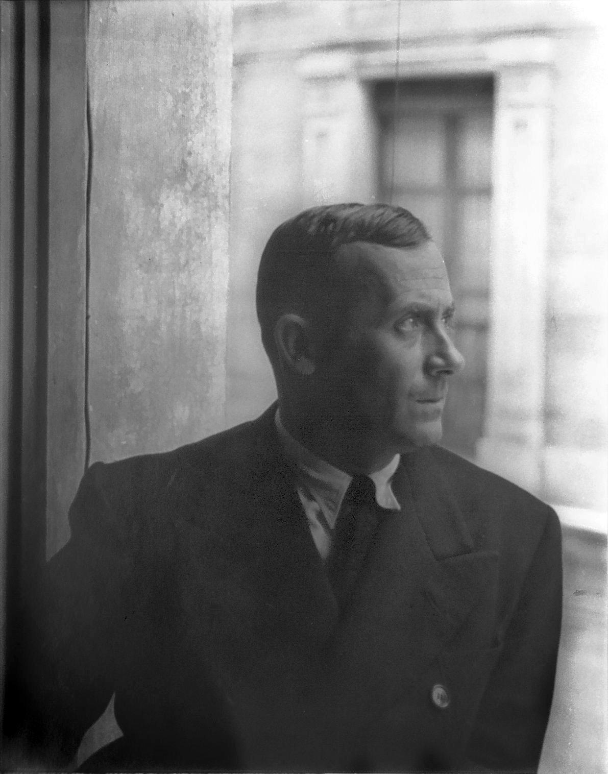 portrait of artist Joan Miró