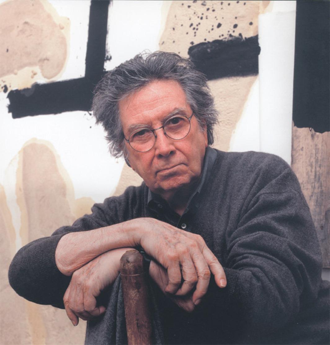 artist portrait of Antoni Tàpies