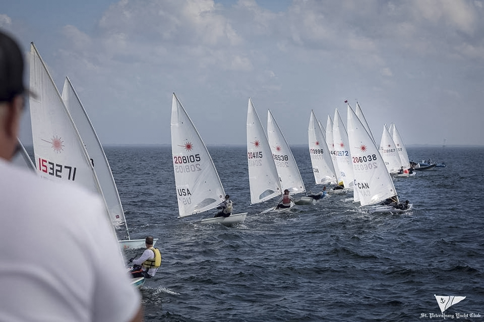 DISTRICT 13 - On the start line and taking advantage of a mid-line sag. (Sail Number - CAN 206038)
