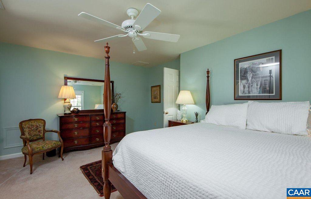 bedroom a2.jpg