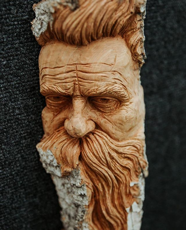 Another cool shot of a carving I was working on for Woodcarving Illustrated. Photo by @juliadenaephoto.