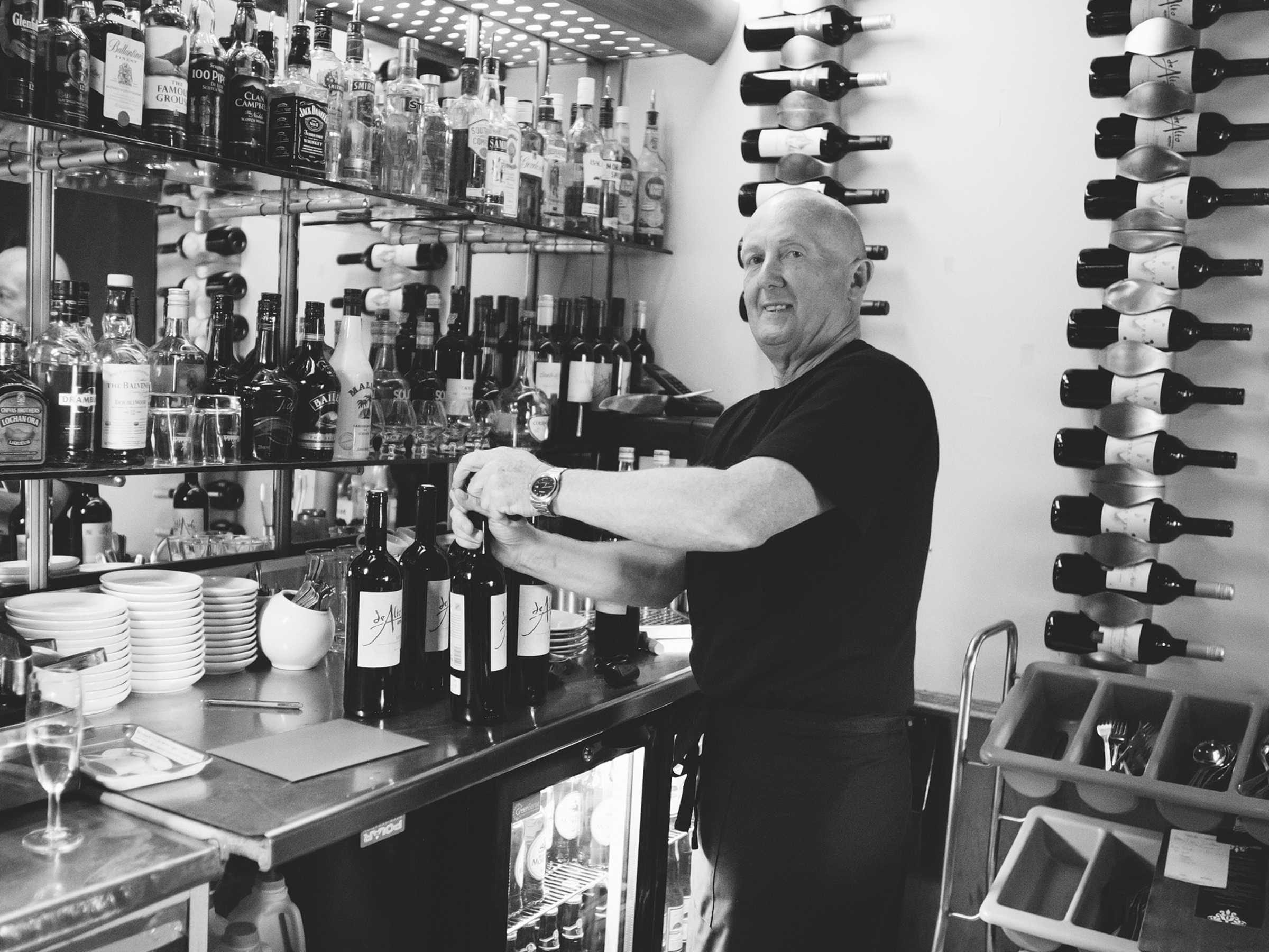 papamacs-restaurant-johnstone-party-lock-in-wine-bar-johnstone-3