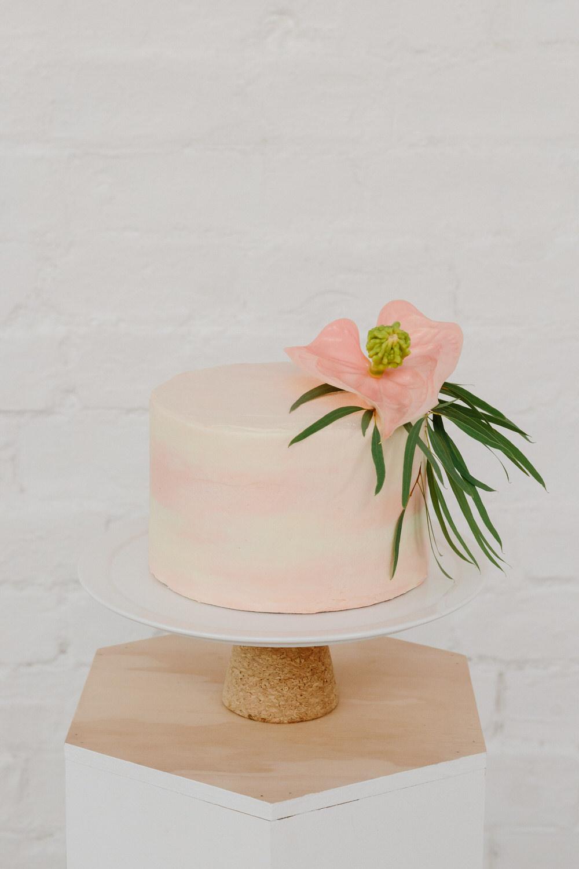 glasgow-food-photography-cake-big-bear-bakery-flower-decoration-5