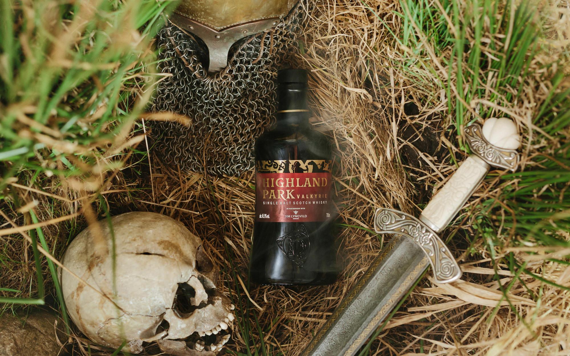 product-photography-glasgow-highland-park-valkyrie-walnut-wasp.jpg