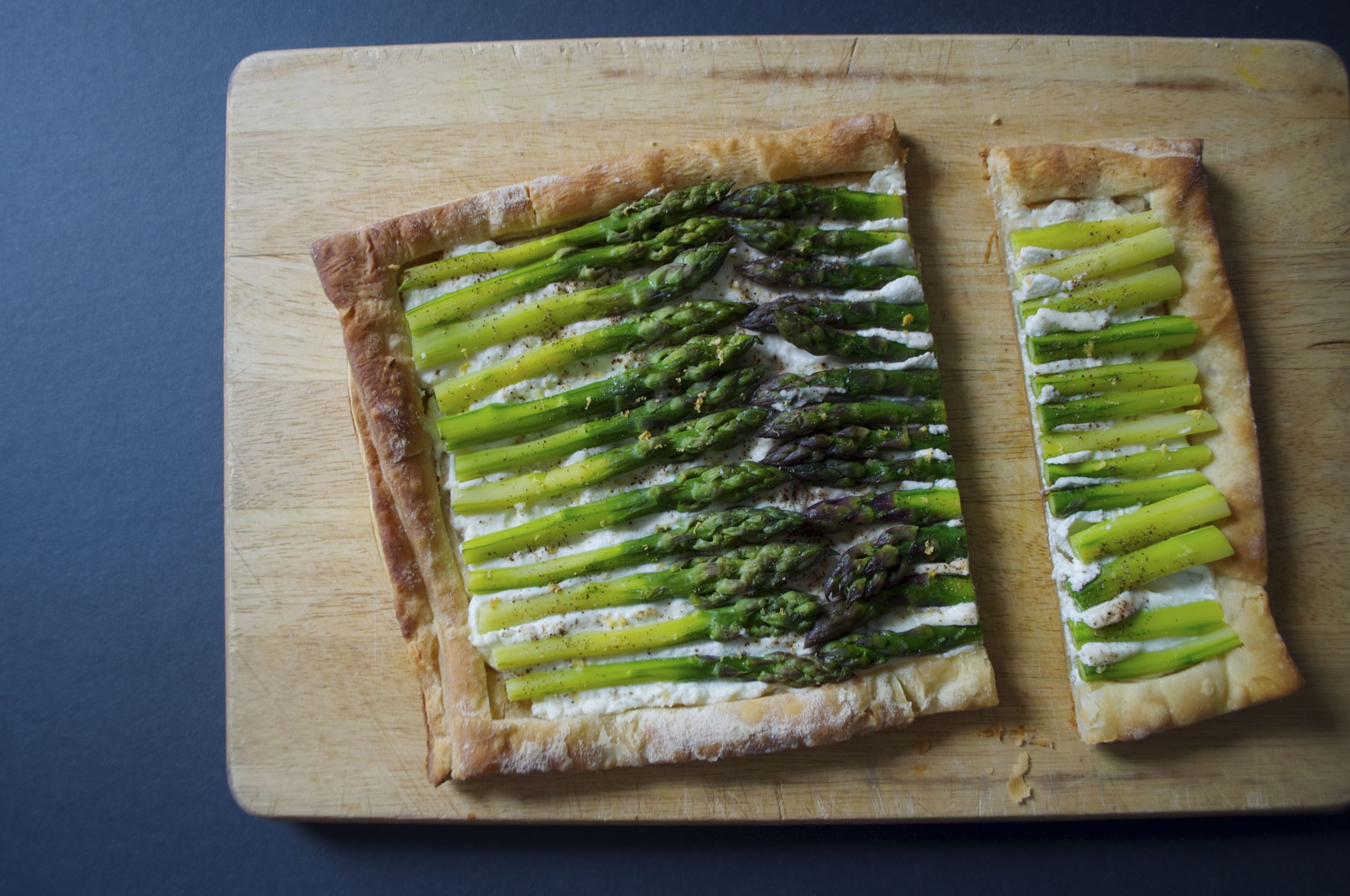 asparagus-tart-fried-parsley