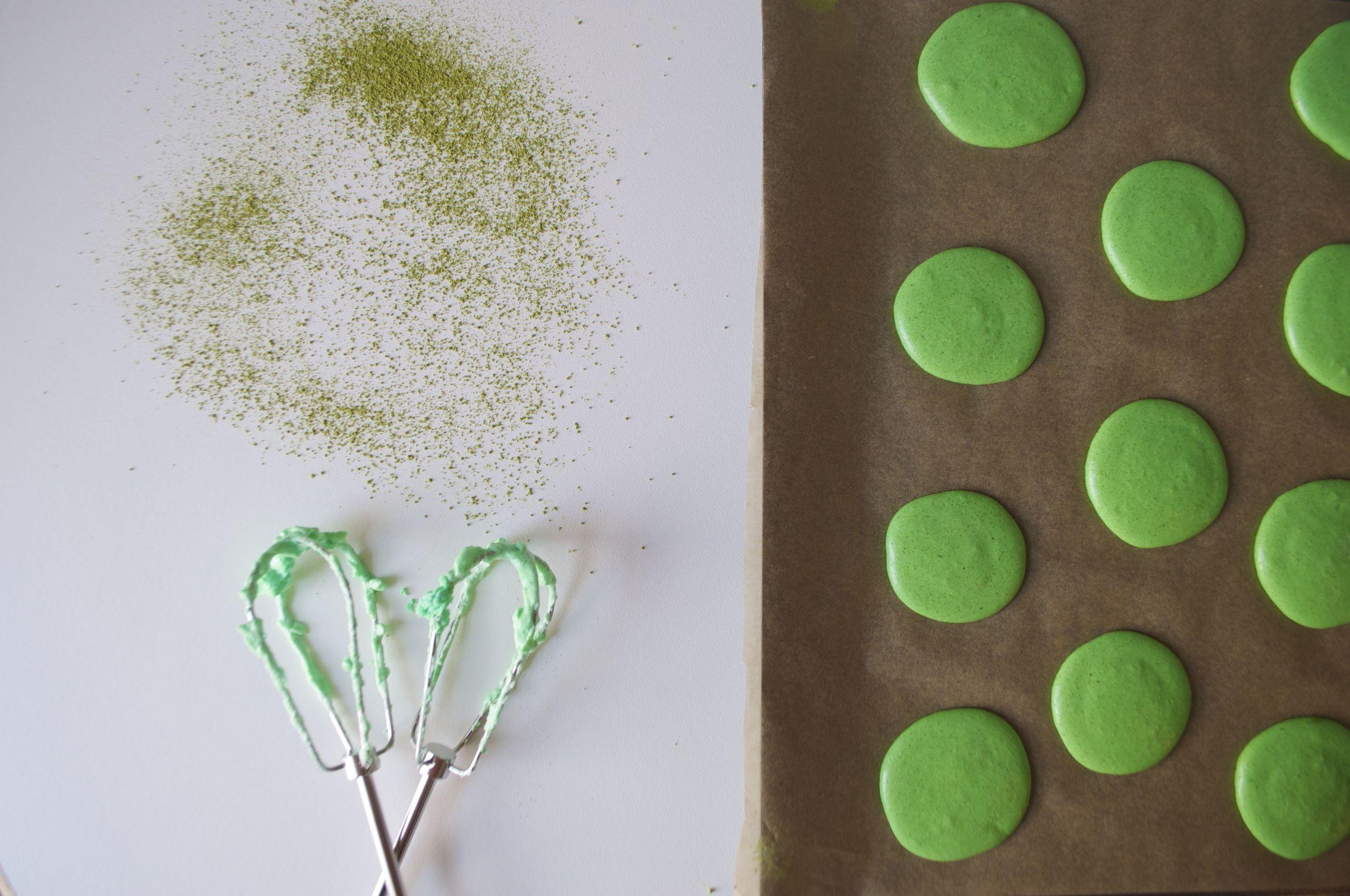 matcha-macarons-fried-parsley
