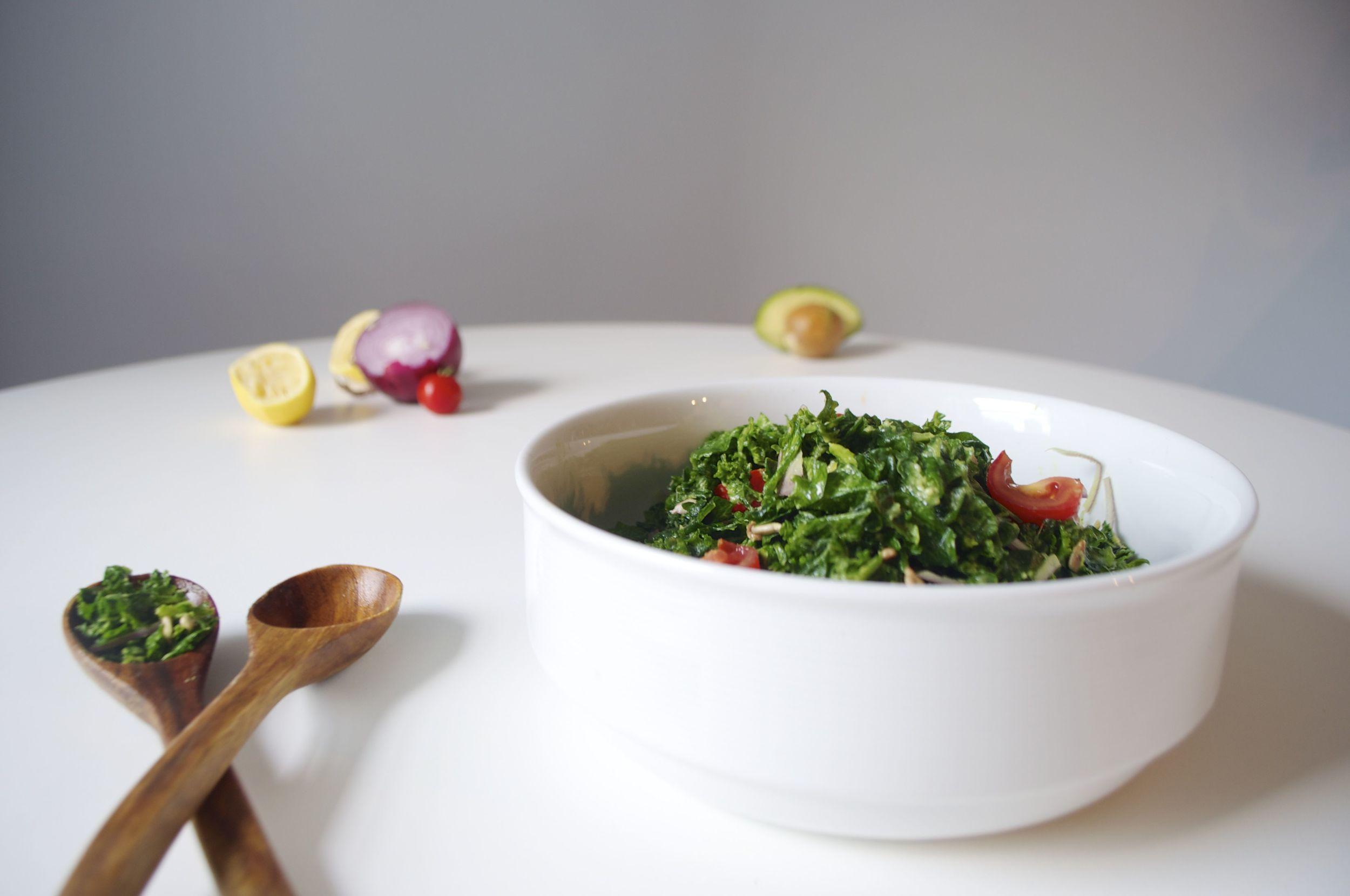 detox-kale-avocado-salad-fried-parsley-copyright
