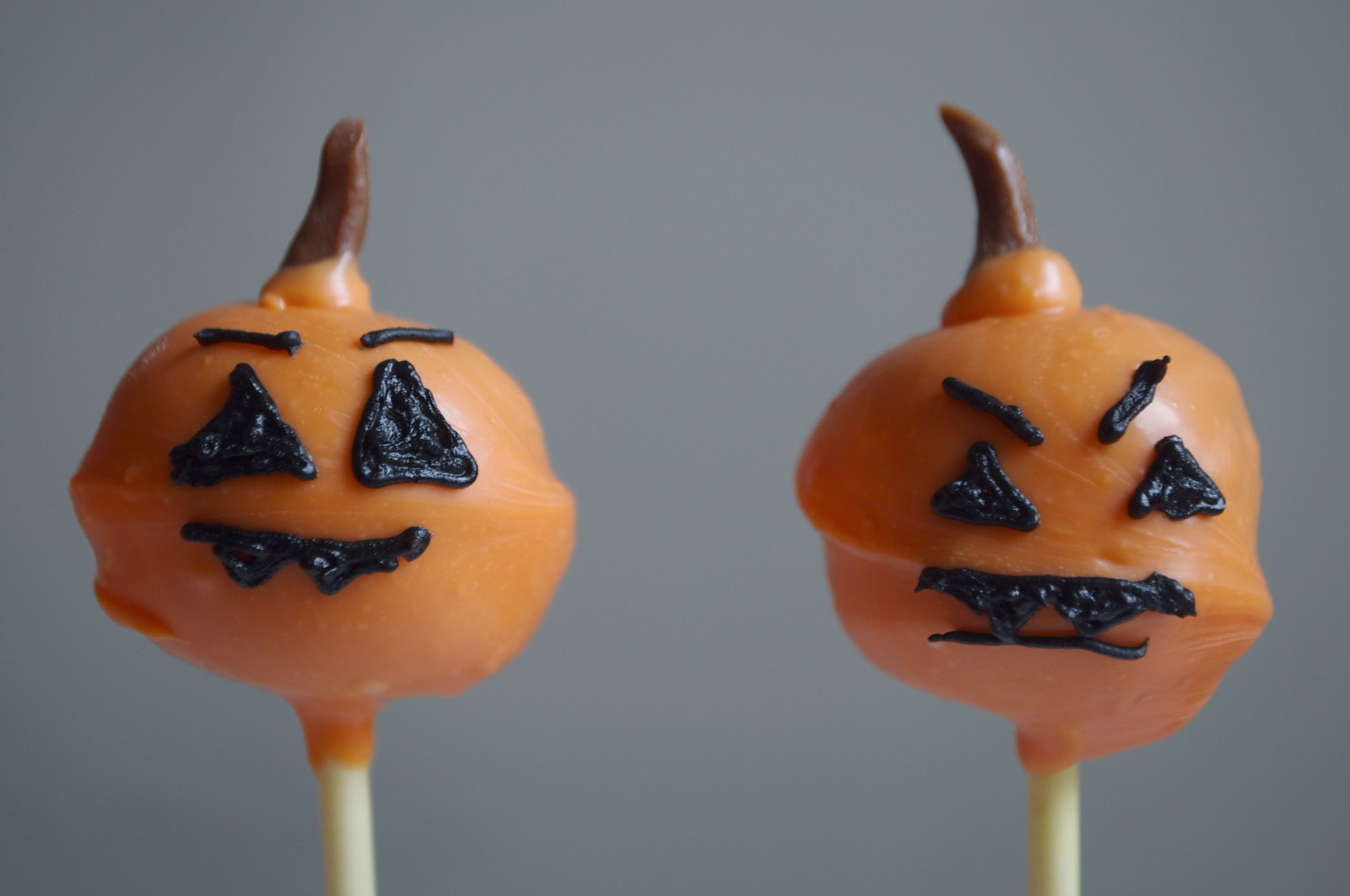 pumpkin-cake-pops-fried-parsley