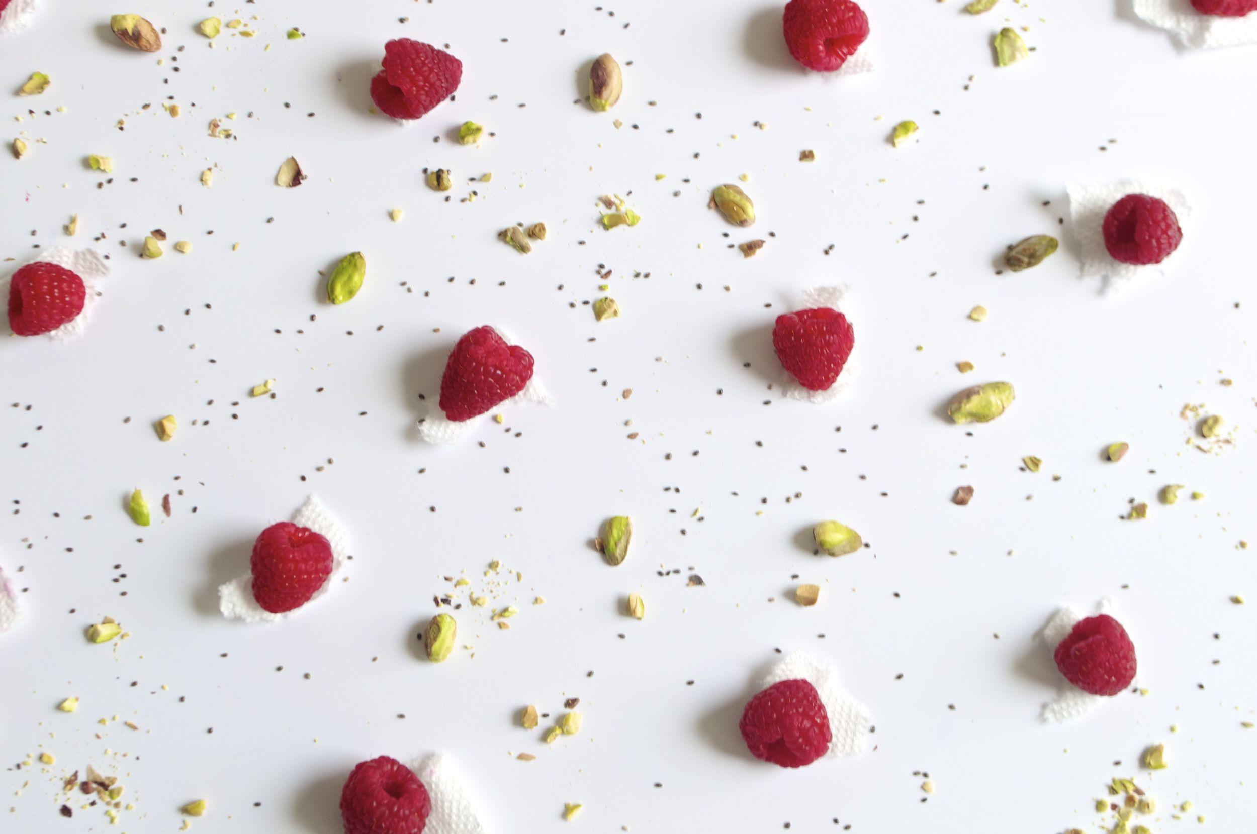 spiced-pistachio-cream-chia-pudding-vegan-fried-parsley