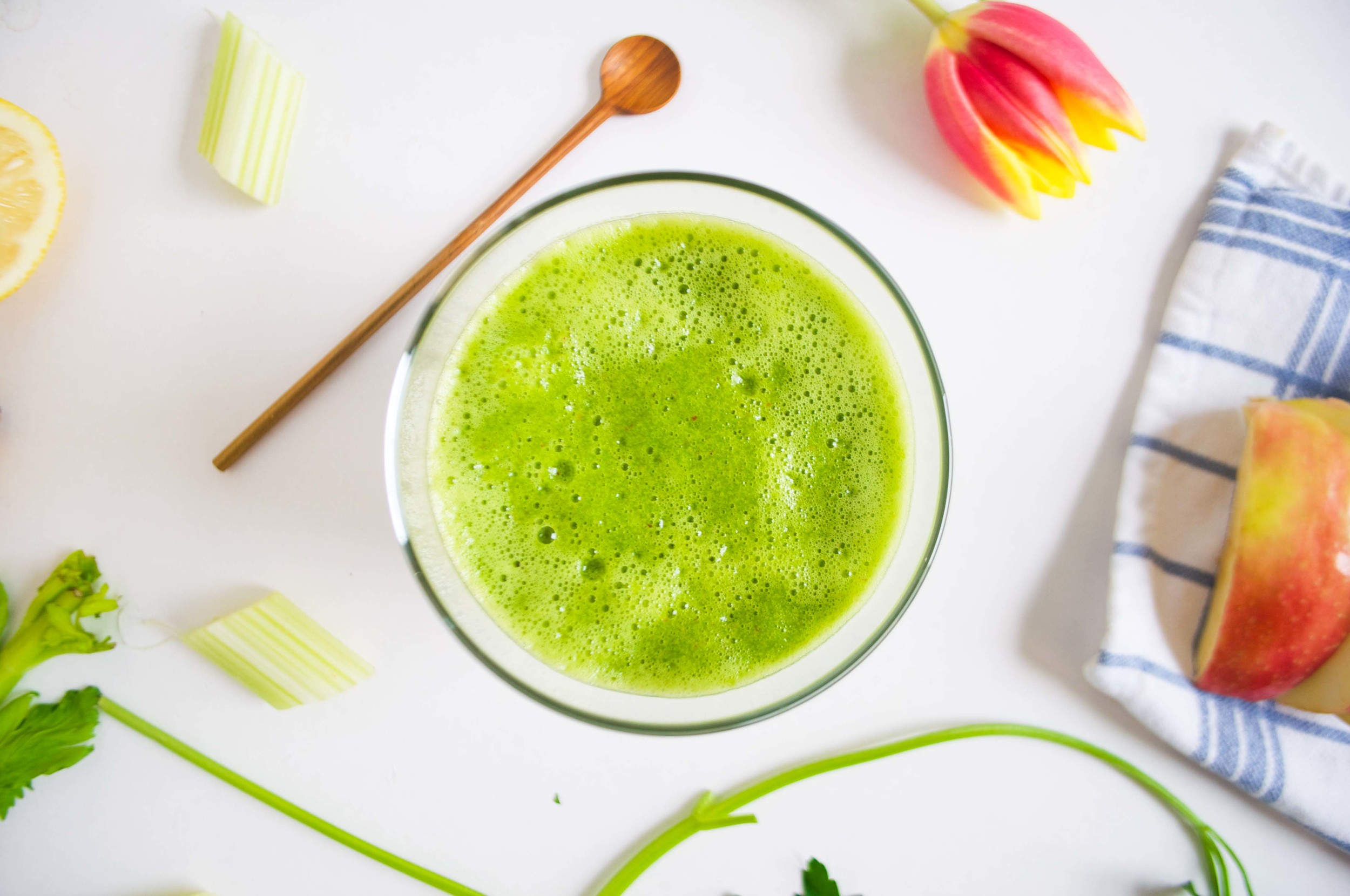 super-greens-power-juice-fried-parsley