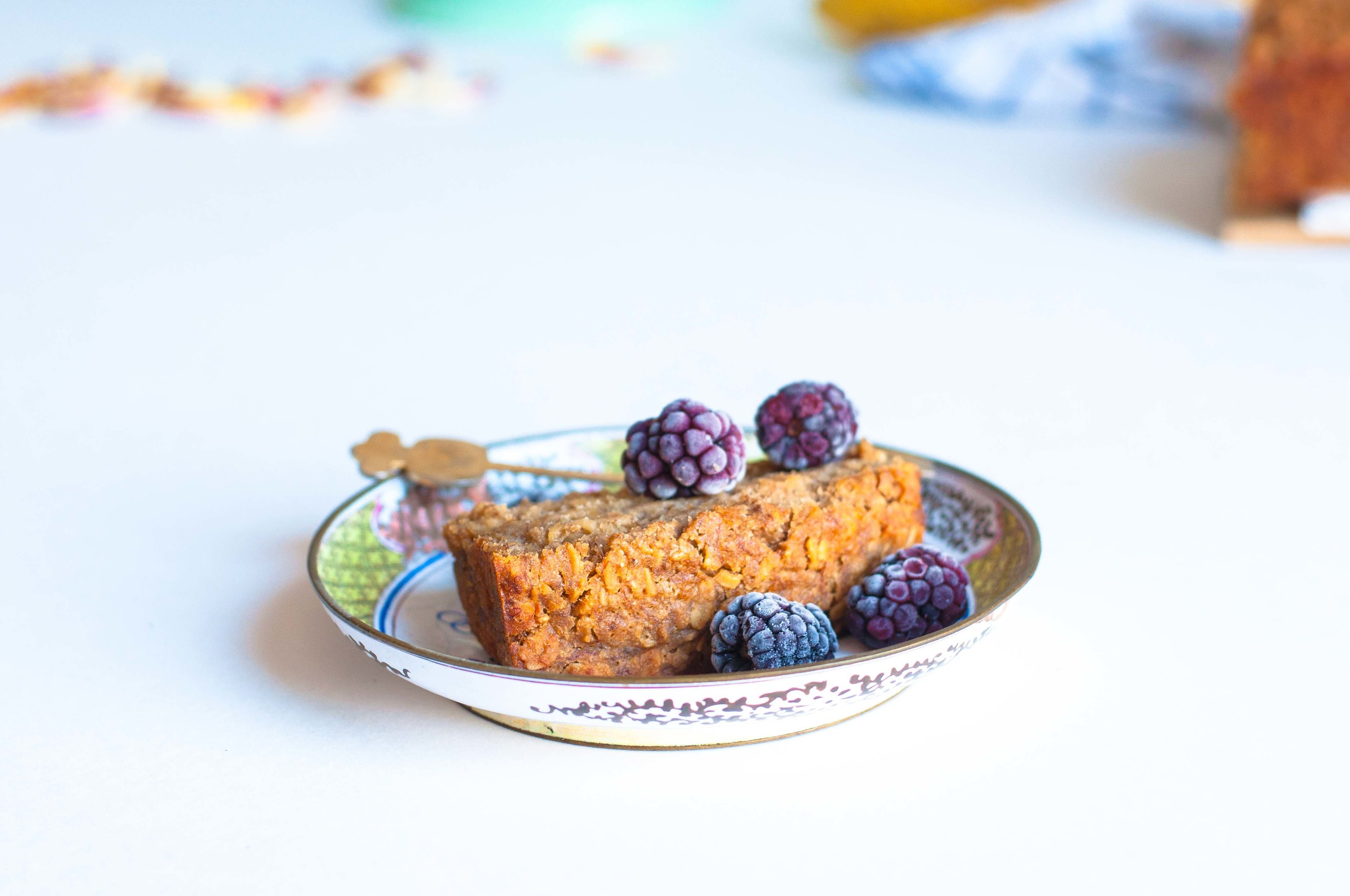 sweet-banana-oat-bread-vegan-fried-parsley
