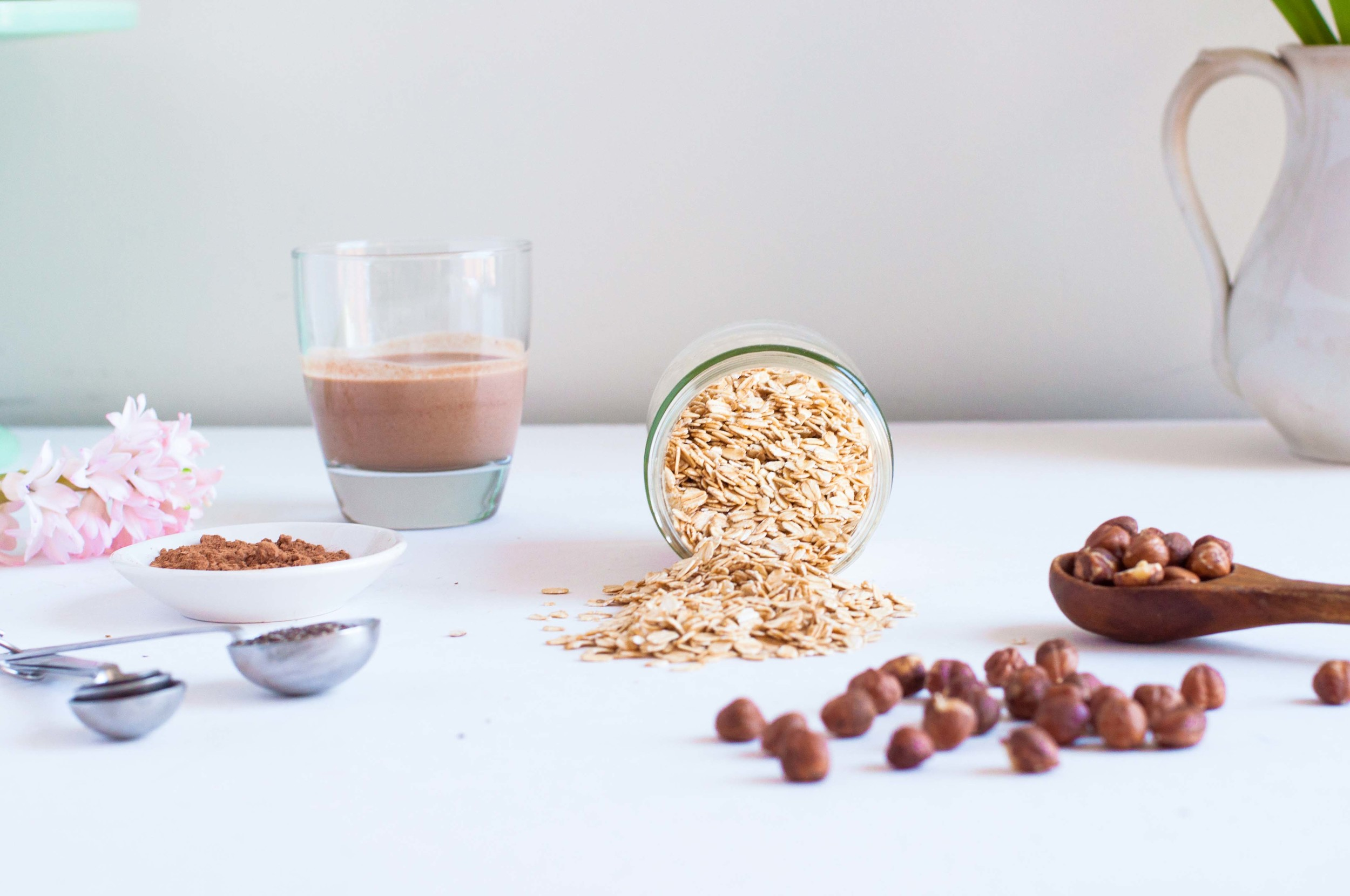 chocolate-hazelnut-overnight-oats-vegan-fried-parsley